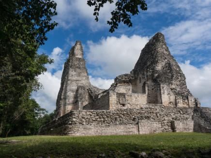 Staré mayské mesto Calakmul