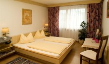 HOTEL Hotel Drei Kreuz