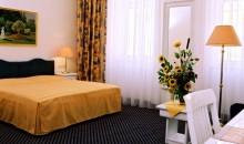 HOTEL Hotel Adlon